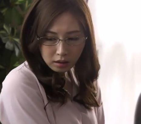 【ながえスタイル】眼鏡をかけた生意気な女がイヤな男に屈して感じる
