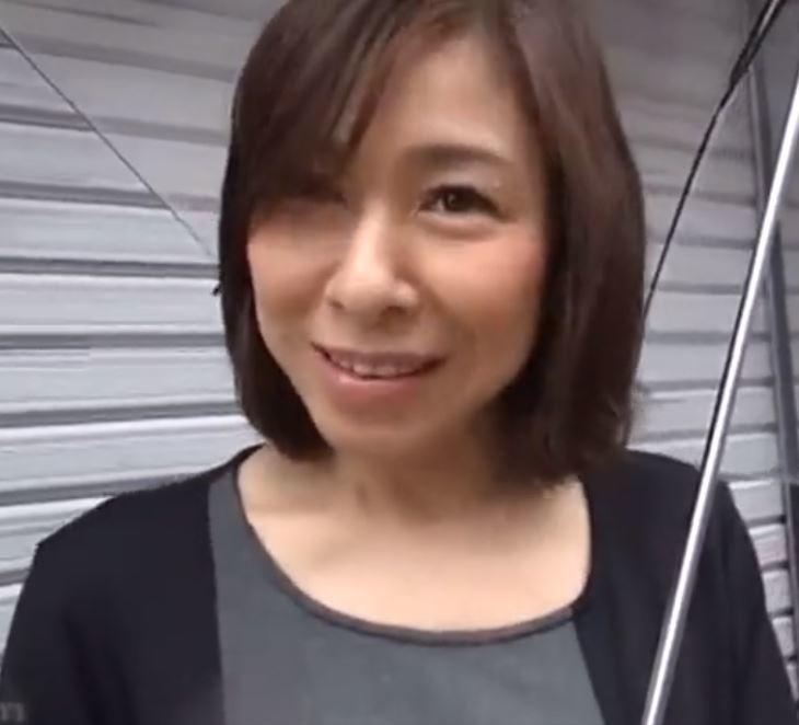 【人妻動画】強欲おばさま☆いまだ衰えぬスキモノ☆鬼突きされ紅塩もだえる狂う☆