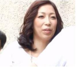 【人妻動画】《おば様キャッチ》経験豊富でテクもある熟妻たちが妖艶に乱れる