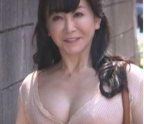 (ヒトヅマムービー)《初撮りおばさん》50代になる前に再び女を取り戻したいんです
