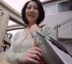 (ヒトヅマムービー)(ヒトヅマキャッチ)熟れた奥さんが日頃のストレスを発散するかのように他人のチンチンに逝きまくり