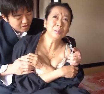 【人妻動画】高齢おばさんでも需要はあるんです☆肉便器にされた完熟した膣内☆