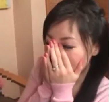 (ヒトヅマムービー)《自慰観賞》SEXレス奥さんが発情する生々しい映像です