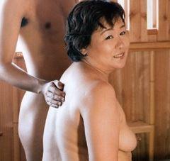 (ヒトヅマムービー)母子交尾・・歪んだ肉欲が生々しい☆むっちりヒトヅマの性欲☆