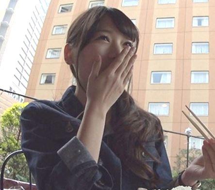(ヒトヅマムービー)《奥さんキャッチ》見た目はウブな感じですが実はドすけべなドSです