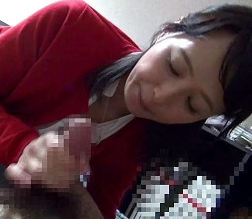 《安野由美》人生初のDTをフデおろしをして頂きました優しい熟女さん