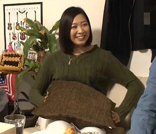 (ヒトヅマムービー)ヒトヅマキャッチ…家庭ではマンネリが続き新たな刺激を求めていた奥さんの大胆な行動