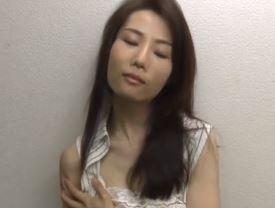(ヒトヅマムービー)ヘンリー塚本…性に溺れたヒトヅマの生々しいREALな日常ドラマ