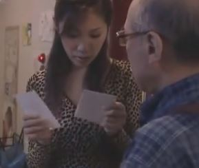 【人妻動画】《FAへンリー監督》ウワキをする為なら何でもするドSな奥さん