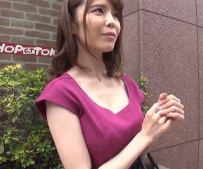 【人妻動画】《シロウトキャッチ》ヒトヅマ風のキレイナお姉さんさんをファションチェックと騙してハメハメしてしまう