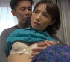 【人妻動画】《おばちゃんキャッチ》久しぶりの他人のチンチンに膣内がヌルヌル…