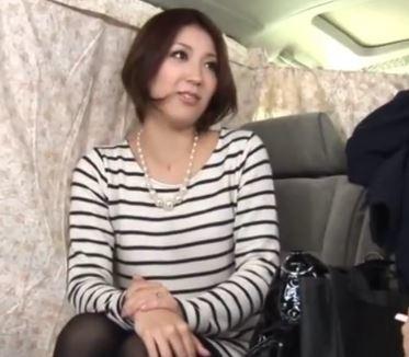 【人妻動画】《ヒトヅマキャッチ》こんなにモデルなのに欲求不満なんて嘘でしょ
