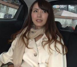 (ヒトヅマムービー)《美魔女》純粋でキレイな奥さまのセックス☆な本性が暴かれる