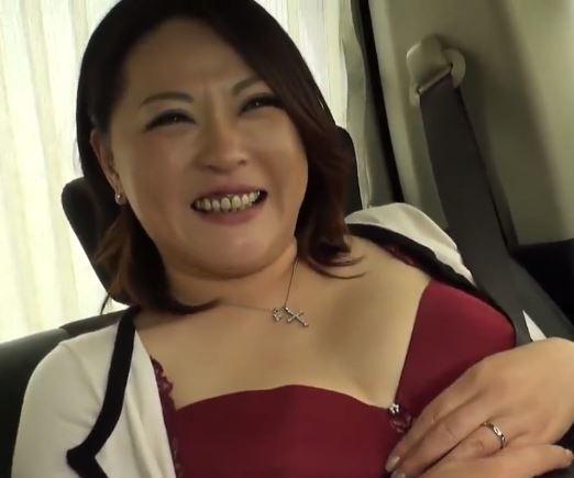【人妻動画】ドSおばさん・・膣内を責められて欲望が炸裂して乱れ狂う