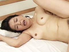 【五十路】若者との生ハメ性交に至福のオーガズム 海宮みさき
