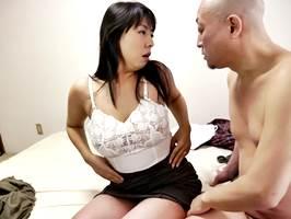 【ヘンリー塚本】熟々に熟れた体を浮気に使う不貞な主婦2 村上涼子