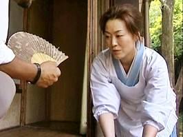 【ヘンリー塚本】旦那様の性的欲求を満たす熟女家政婦さん 風見京子
