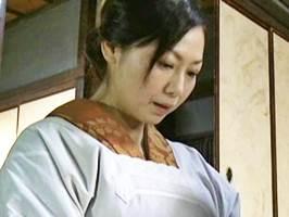 【ヘンリー塚本】御館様の頼みは断れない熟女お手伝いさん 沢村麻耶