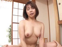 【五十路】エッチを求めてやってきた専業主婦のオバ様 藤崎美冬