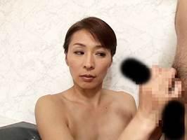 【四十路】夫の居ぬ間に若者チ○ポにうつつを抜かす背徳主婦 矢部寿恵