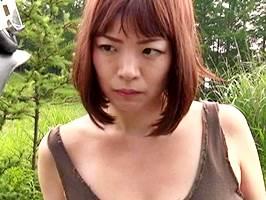 水城奈緒【ヘンリー塚本】人里離れた小屋で親父のマラに絶頂する美熟女