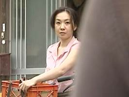 大沢萌〈ヘンリー塚本〉浮気相手と濃厚なキスを交わし激しく交わるマダム