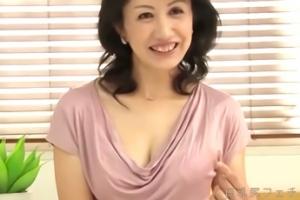 篠田有里、五十路熟女がAVデビュー!スレンダーな裸体がすばらしいですぞ