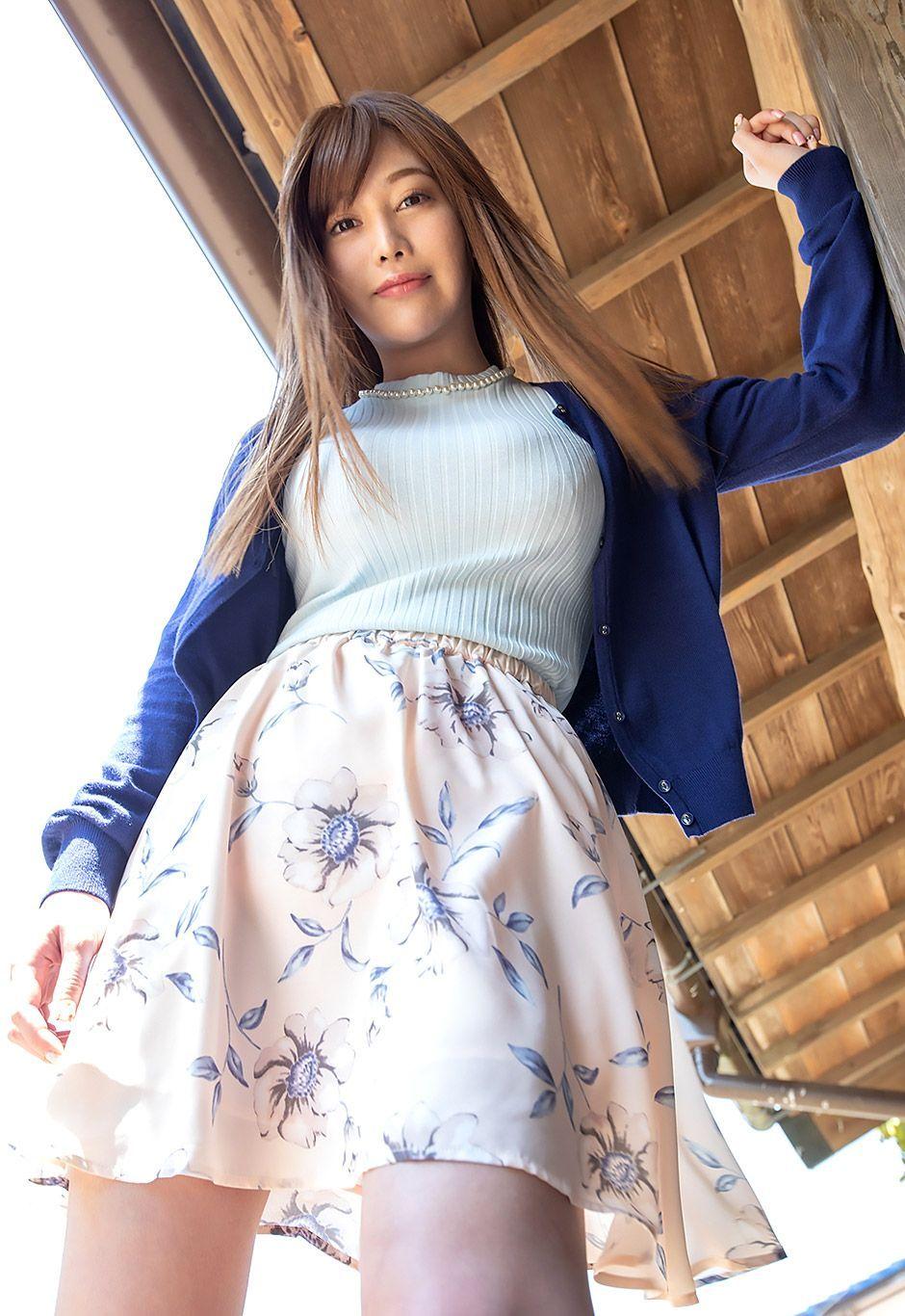 益坂美亜。美美巨乳モデルに突っ込みたくなる~シチュエーション~