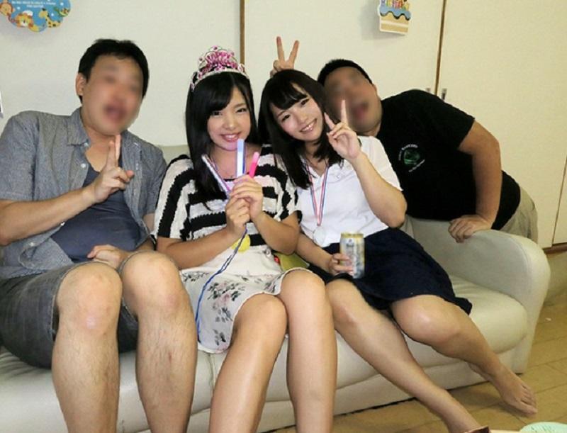 女子大生の友達の彼女の誕生会に呼ばれたら友達が所要で居なくなったので友達の彼女とその友達を寝取ってみた
