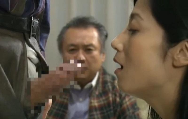 【ヘンリー塚本】刺激に飢えた夫婦がアブノーマルなスワッピング・夫婦交換の世界に足を踏み入れる