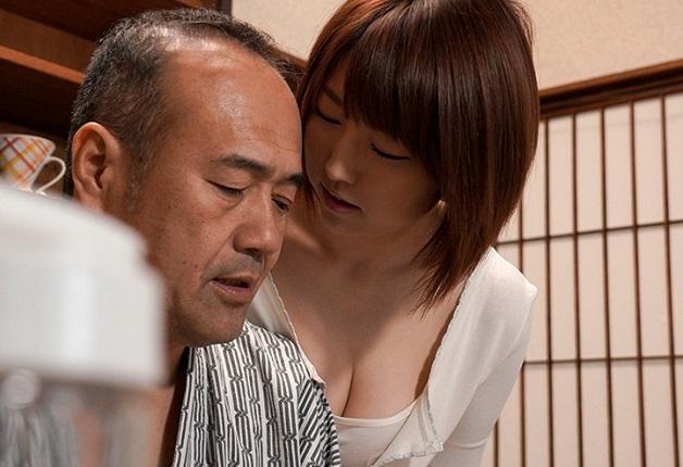 「お義父さん・・・私のこと女として見てください・・・」嫁が義父に恋心を抱き、嫁の方から義父に肉体関係を迫る全国の義父ピンコ勃ちのドラマw