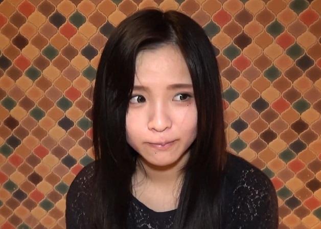 【個人撮影】22歳の松岡〇優似の美少女とハメ撮りして生ハメ中出しSEX!おっぱいは貧乳だけどカラダはムチムチ!