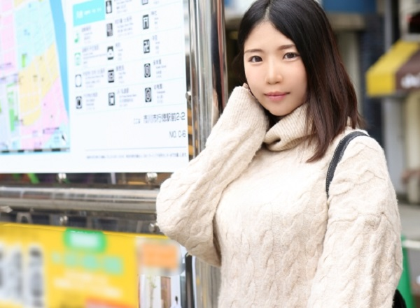 【千葉県市川市在住 24歳 専業主婦】若年にして結婚3年目を迎えた若妻が、日常の寂しさから夫に内緒でハメ撮り中出しSEX