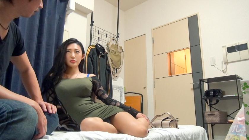 ドM性癖のスキューバダイビングのインストラクターの美女を目隠し、手錠にバイブに電マで責めハメるw
