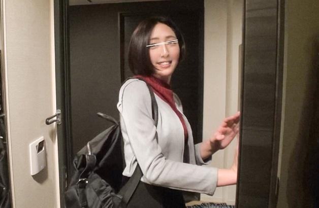 名古屋のご当地美少女たちを街角でナンパしてゲット!出会ったばかりの素人娘全員に中出し種付け成功!