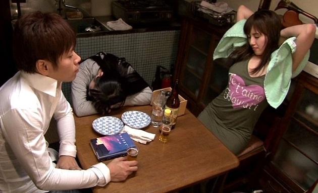 【長澤あずさ】彼女の両親に結婚の挨拶をした後、彼女の親友の爆乳さに惚れ中出し種付けした俺w
