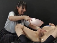 【M男】ぬるぬる手コキ虐め、強制飲○、窒息寸前顔騎!最恐JK拘束M男調教!!