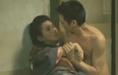 【秋吉久美子】素肌の感触が心地よかった濡れ場