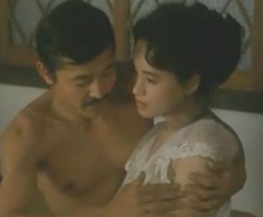 【阿木燿子】胸元に手を入れゆっくりまさぐった濡れ場