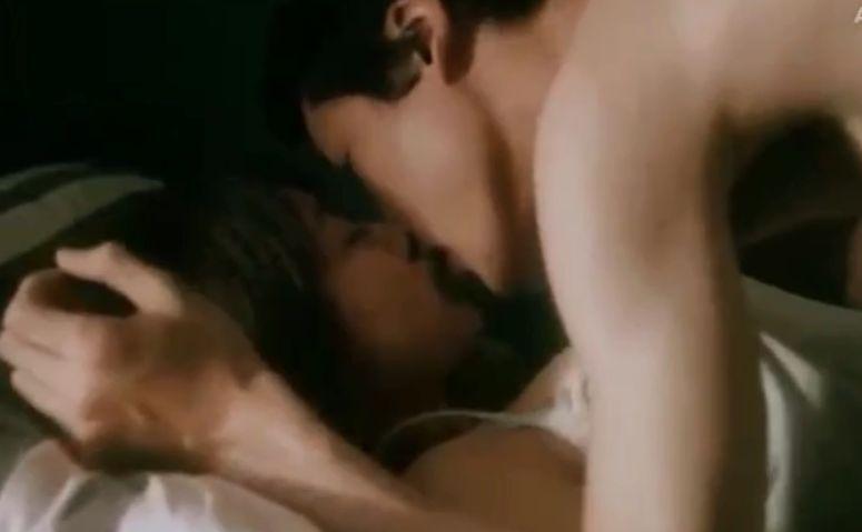 【有村架純】出会った男女が見つめ合いキスをした濡れ場
