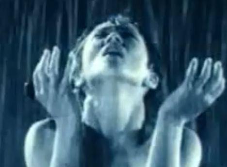 【黒沢あすか】セクシーさを前面に押し出す濡れ場