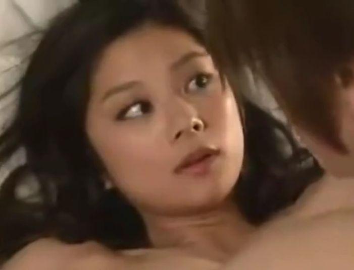 【小池栄子】ホテルに着くなり身体を求められてそれに応えた濡れ場