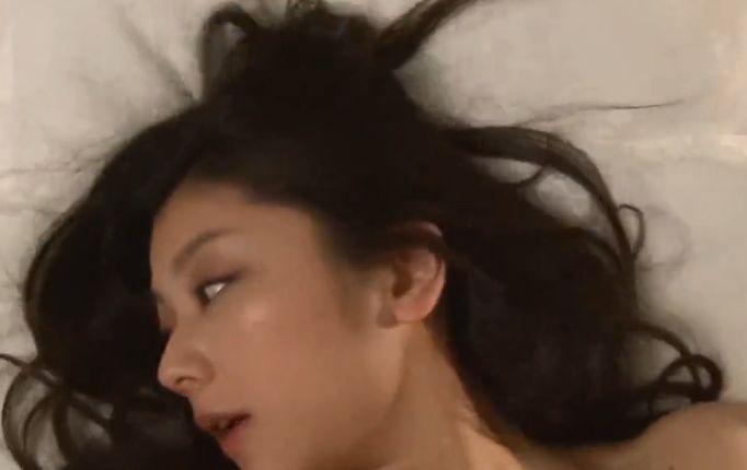 【小池栄子】お互いの身体を貪り遠慮することなく快感を享受した濡れ場