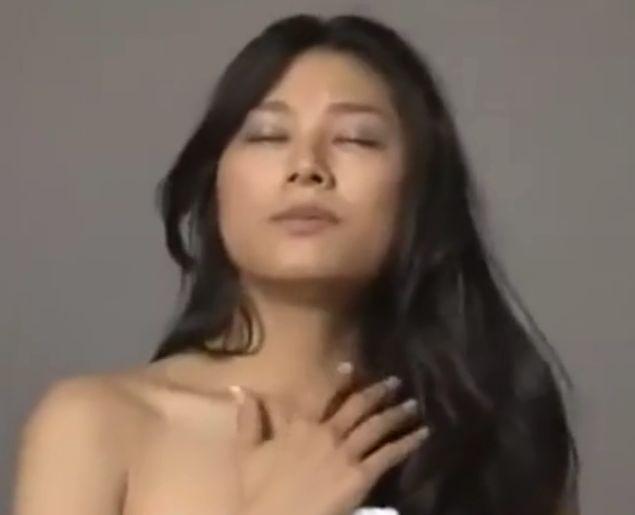 【小池栄子】濃厚なキスをされて欲情した顔を見せる濡れ場