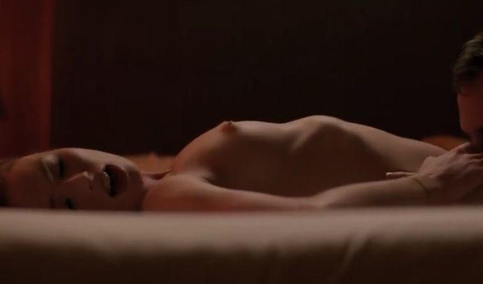 フレイア・メイヴァー 性感帯を強く愛撫されて快感が全身に広がった濡れ場