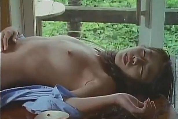 【葉山レイコ】きれいな乳首を晒してくれる濡れ場
