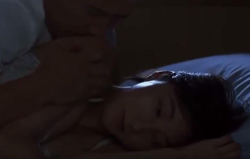 【広末涼子】腕や肩にキスをしてくる濡れ場