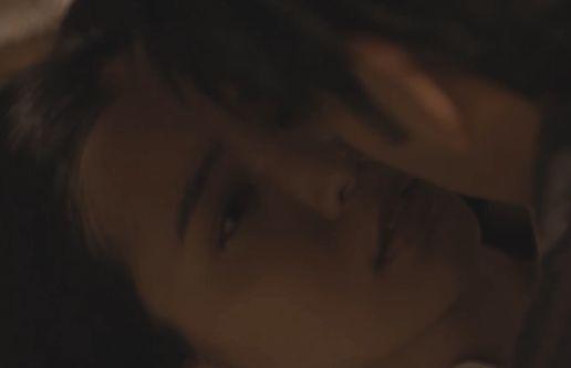 【比留川游】魅惑のキス顔を披露した濡れ場