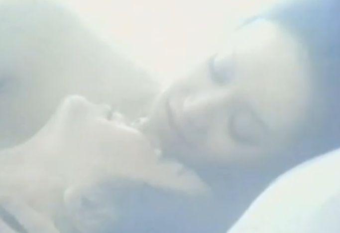 【五十嵐淳子】唇と舌を交互に使ってゆっくりと愛撫してくる濡れ場