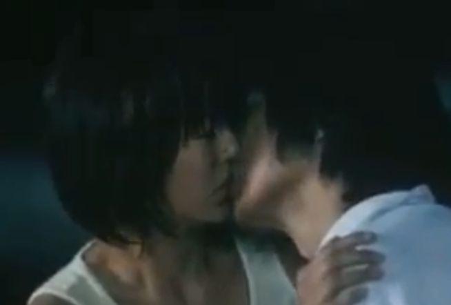 【井川遥】優しい接吻を受けるラブシーン